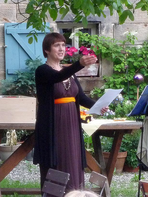 Rezitatorin Apollonia Mellifera