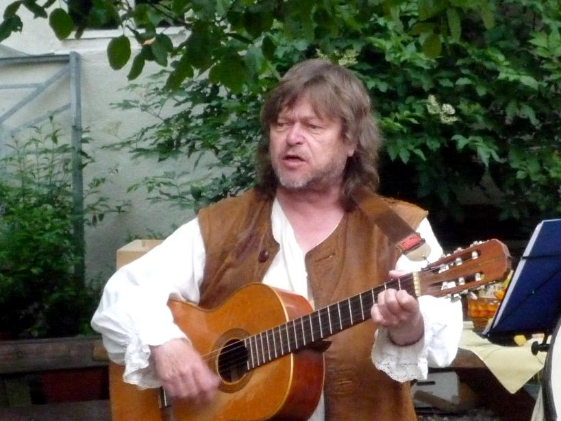 Musiker und Schauspieler Rolf Böhm