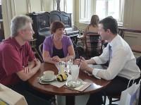 Reinhold Burger, Ilona Munique und Thomas Silberhorn beim Interview