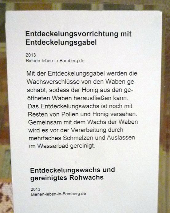 Beschriftung der Ausstellungsexponate
