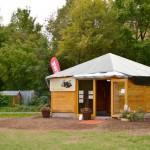 Die Bienen-InfoWabe im ERBA-Park Bamberg am Eröffnungstag