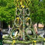 Osterbrunnen in Feucht