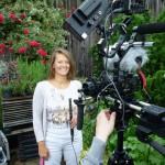 Felicitas Sauer vor Kamera