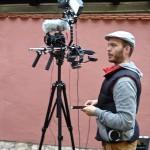 """Arno Schimmelpfennig mit Kamera in der """"Hölle"""""""