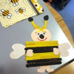 Bienenfigur als Geschenk an die Schulbiene