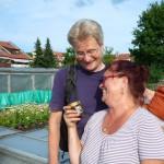Reinhold und Carmen himmeln die Jungfernernte an