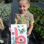 Kleiner Gast malt Bienenbild –super schön!