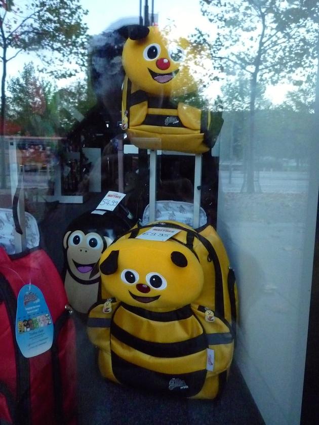 Eine Bienenrucksacktasche als Ersatz für den Medienrucksack der Bamberger Schulbiene?