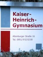 Eingangsschild am Kaiser-Heinrich-Gymnasium