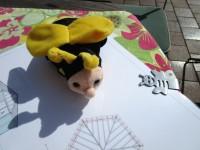 Schulbienen-Maskottchen
