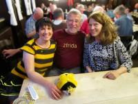 Glückliches Sit-in, Ilona, Sieghard Tschofen und Birgit Dietz im Spezial
