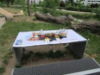 Gedeckter Honig-Picknickplatz