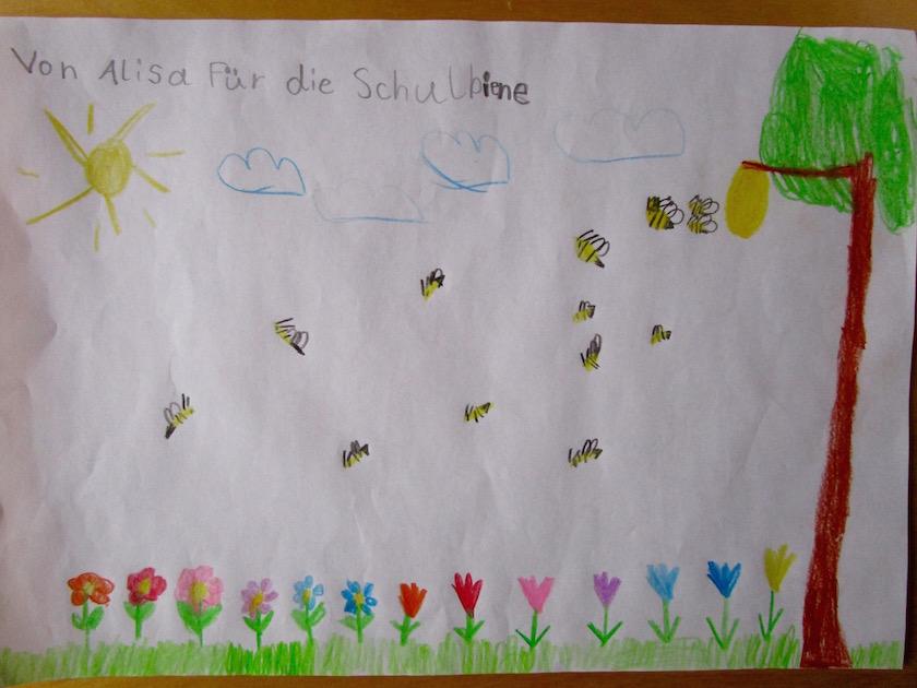 3491-Bienenzeichnung-von-Alisa-1c-Lichteneicheschule