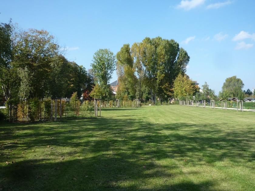 ERBA-Park, Standort Bienen-InfoWabe