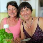 Jutta und Ilona beim Mittagessen
