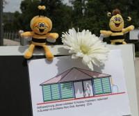 Pressefoto Einweihungsfeier Bienen-InfoWabe