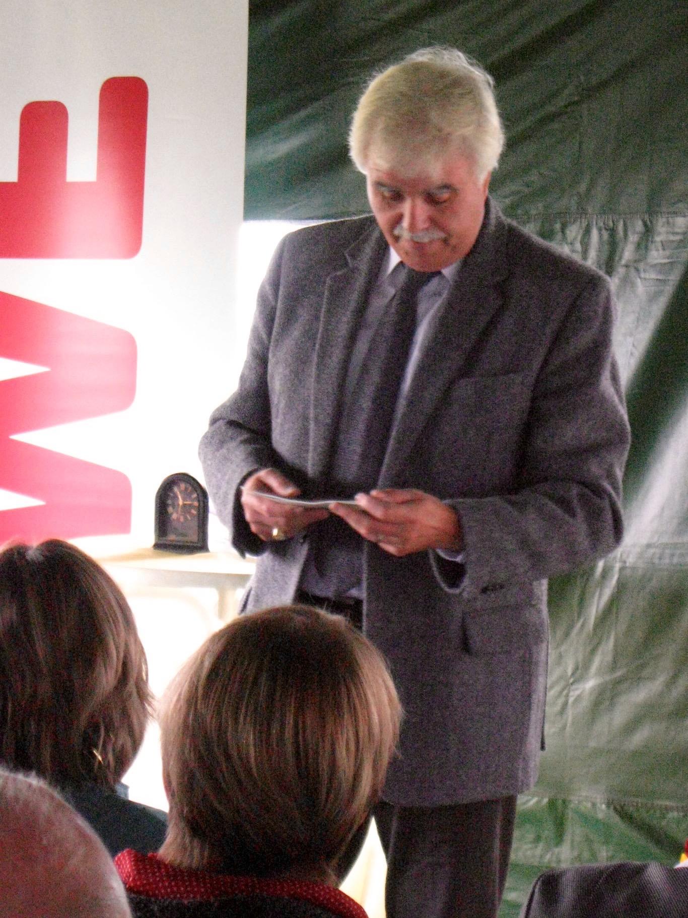 Grußworte von Ralf Haupt (Referent des Amtes für Umwelt-, Natur- und Katastrophenschutz der Stadt Bamberg) zur Eröffnung der Bienen-InfoWabe am 20.09.2015