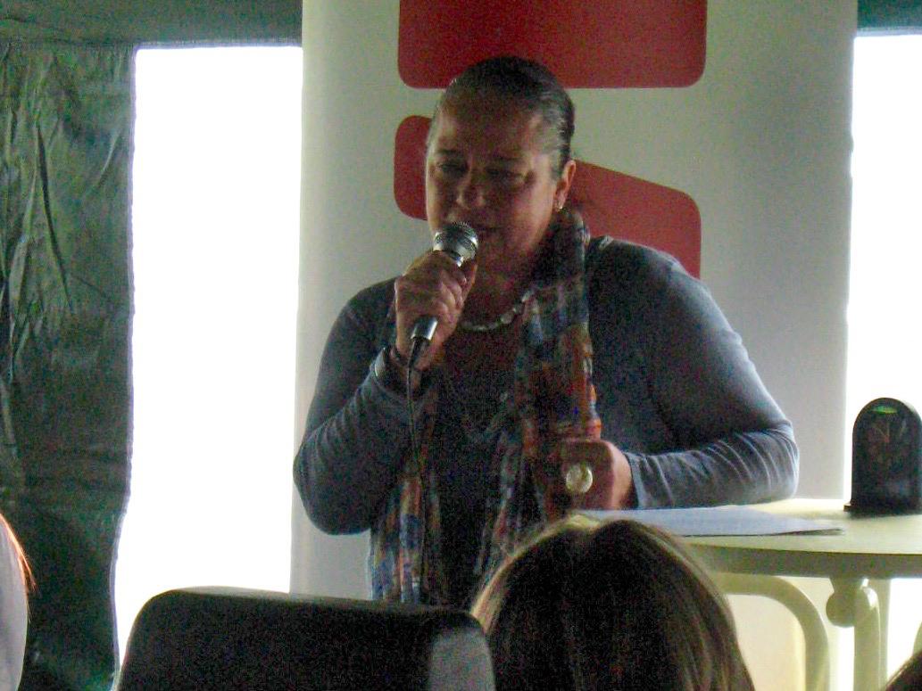Grußworte von Daniela Reinfelder (1. Vorsitzende des Bürgervereins Gaustadt e. V.) zur Eröffnung der Bienen-InfoWabe am 20.09.2015