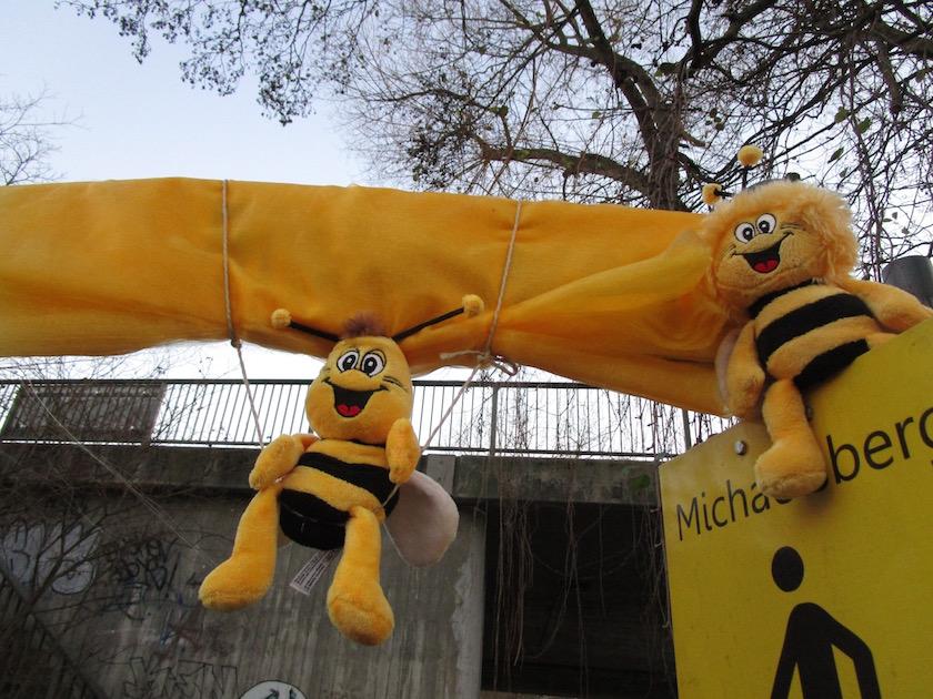 Bienen bei der Enthüllung des Bienenwegs in Bamberg