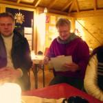 Reinhold liest Sigrid Köstners Bienengedicht vor