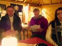 Reinhold liest Sigrid Kösters Bienengedicht vor