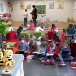 Schulbienenunterricht in der Stadtbücherei Baunach