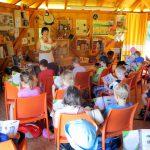 Vorlesen im Schulbienenunterricht für die Lichteneiche-Klasse 1b