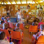 Schulbienenunterricht für die Lichteneiche-Klasse 1a in der Bienen-InfoWabe