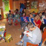 Luitpoldschule Bamberg, Ethikgruppe zu Gast in der Bienen-InfoWabe