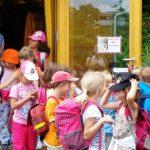 2335-Lichteneiche-1c-Schulbienenunterricht-Abschied