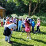 Wir suchen Bienen in der Kleewiese! Schulbienenunterricht für die Lichteneiche-Klasse 1a in der Bienen-InfoWabe