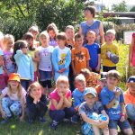 3954-Lichteneiche-1c-Schulbienenunterricht-Gruppe