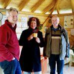 Reinhold, Elke und Thomas bei der Saisoneröffnung in der Bienen-InfoWabe