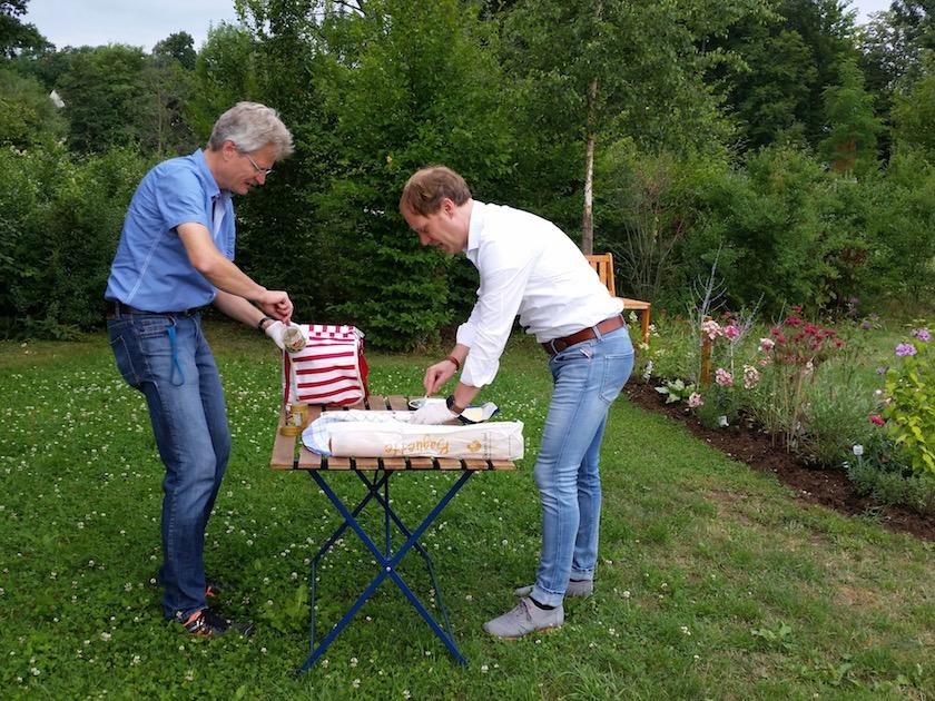 Reinhold Burger und Jorge Groß in der kullinarischen Vorbereitung