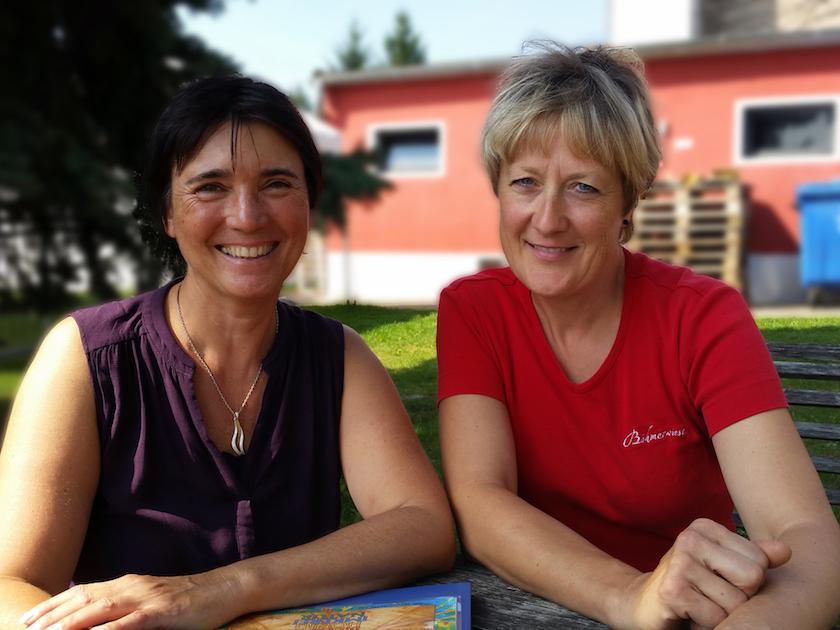 Sabine Gründler wird von Ilona interviewt
