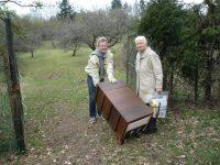 Bienen besuchen in Wildensorg mit Bienenpatin Elisabeht Burger
