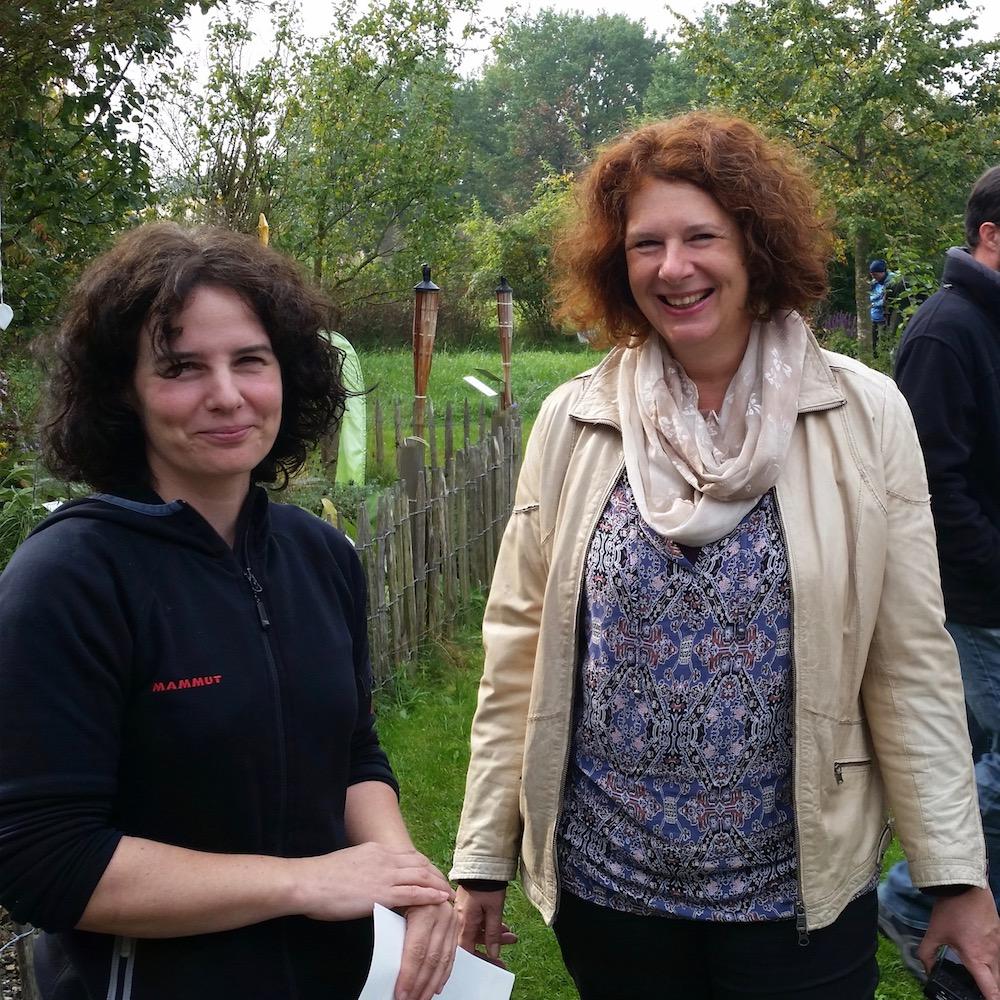 Alexandra Klemisch und Dr. Elke Puchtler lernen sich kennen.