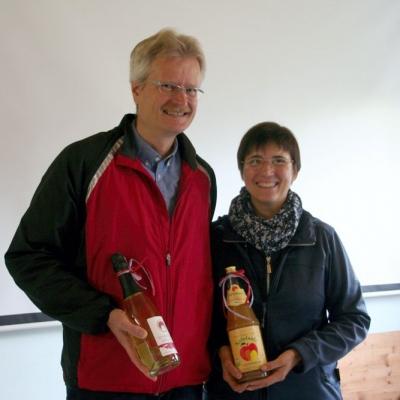 Vortragende Reinhold Burger und Bamberger Schulbiene