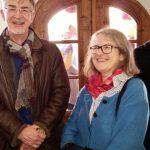 Wie schön, wir treffen eine unserer Bienenpaten! Direktorin der Bamberger Museen, Dr. Regina Hanemann, in Begleitung von Andreas Christel, Leiter des TKS Bamberg