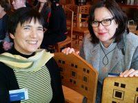 Die Bamberger Schulbiene im Gespräch mit Stadträtin Ingeborg Eichhorn
