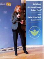 """Moderatorin zur Auszeichnung """"Grüner Engel"""" 2018"""