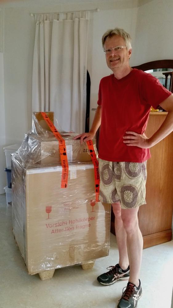 Anlieferung der neuen Honigschleuder am 04.07.2018
