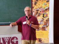 Vortragender Dr. Stefan Berg, Varroa