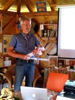 Vortrag Reinhold Burger zur Varroabehandlung, hier mit Nassenheiderverdunster Professional