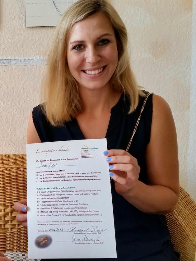 Bienenpatenurkunde für Anne Göpel