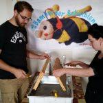 Honig entdeckeln