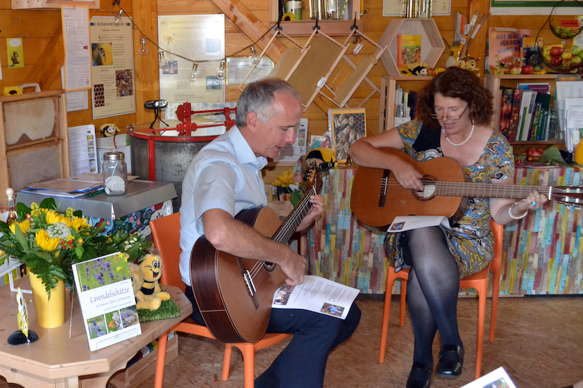 Gesangseinlage Thomas und Elke Puchtler.