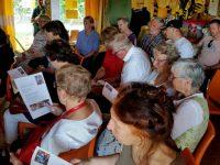 Gäste singen mit Elke und Thomas Puchtler