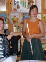 Esther Rojtenberg und Mai Tran (Rahmenprogramm).
