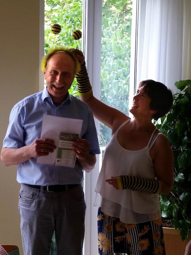 Bienenpatenschaftsübergabe an Rudolf Reinwald
